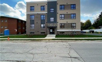 716 Glen Forrest Boulevard Unit# 206, Waterloo, ON, N2L 4K8, CA - 40044428